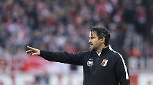 Uneins, wie sie Fußball spielen: FC Augsburg entlässt Trainer Schuster