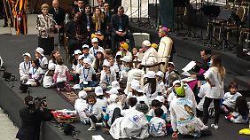 Franziskus zieht sich nicht in den Vatikan zurück, sondern sucht die Nähe der Menschen.