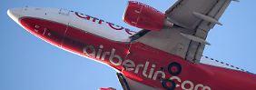 Flieger von Air Berlin: Etihad pumpte knapp eine Milliarde Euro in die Airline.