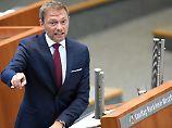 FDP-Chef Christian Lindner, hier im Dezember bei einer Rede im NRW-Landtag, setzt im Wahljahr 2017 auf Merkelfrust.
