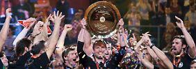 Es ist ja nicht so, dass niemand sie sehen will: 16 Millionen Menschen in Deutschland sahen im vergangegen Jahr zu, wie die Handballer die EM gewannen.