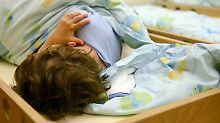 """Gefährlicher Trend für Kleinkinder: Ärzte warnen vor """"Zaubertropfen"""""""