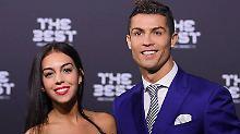 Das kann sich sehen lassen!: Ronaldo präsentiert neue Freundin