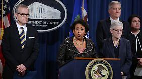 US-Justizministerin Loretta Lynch erklärt, dass die Ermittlungen noch nicht beendet seien.