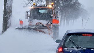 Rettungskräfte im Dauereinsatz: Eisige Temperaturen und Schnee sorgen für zahlreiche Unfälle
