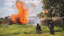 """Jet bombardiert """"falsches Ziel"""": Nigerias Armee tötet dutzende Flüchtlinge"""