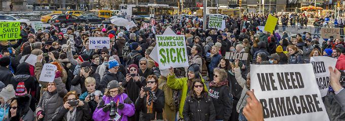 Trump hat noch keinen Plan: Millionen US-Bürger bangen um Obamacare