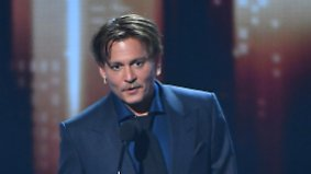 Promi-News des Tages: Johnny Depp legt rührenden Auftritt hin