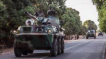 Vermittlungsangebot an Jammeh: Ecowas unterbricht Militäreinsatz in Gambia