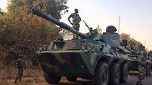 Letztes Ultimatum für Jammeh: Truppen stoppen Vormarsch in Gambia
