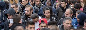 Keine Chance für Akreem?: So schwer ist die Jobsuche für Flüchtlinge