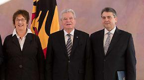 SPD-Rochade im Kabinett: Gauck ernennt Gabriel und Zypries