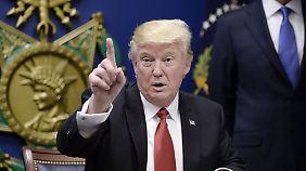 Schutz vor Terroristen: Trump verfügt Einreisestopp für Muslime