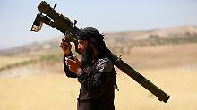 Auch Kämpfer der früher als Nusra-Front bekannten Dschabhat Fateh al-Scham sind Teil des neuen Bündnisses. (Archivbild)