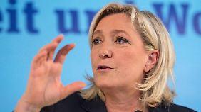 Fast 300.000 Euro abgezweigt: Le Pen verweigert Strafzahlung an EU