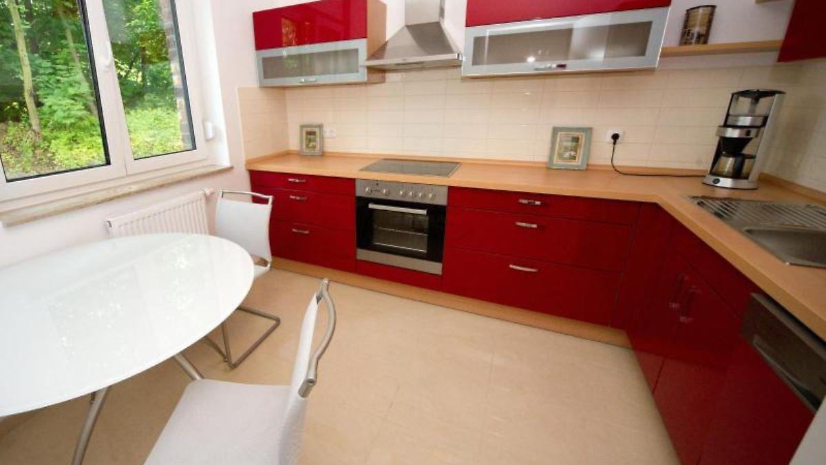doch wer kocht noch selbst die k che als statussymbol n. Black Bedroom Furniture Sets. Home Design Ideas