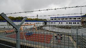 Gefängnis light am Hamburger Flughafen: So funktioniert Deutschlands erster Ausreisegewahrsam