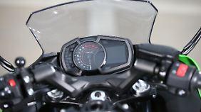 Mit der Basisausstattung ist die Kawasaki Ninja 650 gut bestückt und der Preis bleibt klein.