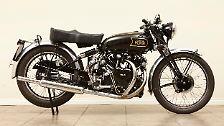 Mehr Glück hatte diese Vincent Black Shadow aus dem Jahr 1949, die für 112.125 Dollar den Besitzer wechselte.