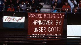 """""""Unsere Religion: Hannover 96 - Unser Gott: Werner Biskup"""""""