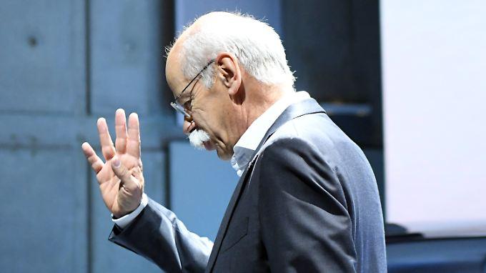 Auch 2016 fand Dieter Zetsche sein Auskommen - trotz deutlich geringerer Boni.
