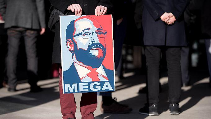 Der Kult um Martin Schulz hat der SPD in Umfragen zu einem Höhenflug verholfen.