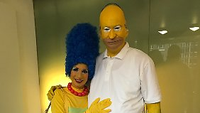 Söder als Homer Simpson mit seiner Frau Karin als Marge Simpson.