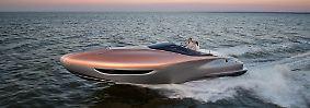 Eher als Image-Konzept gedacht ist ein von Toyotas Edelmarke Lexus Anfang 2017 vorgestelltes Sportboot, ...