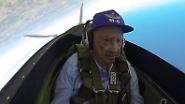 Stunts am 96. Geburtstag: Weltkriegsveteran steigt nochmal ins Flugzeug