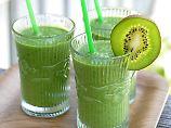 Gemüse, Vitamine und Zucker: Wie gesund sind grüne Smoothies?