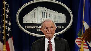 Lüge bei Kontakten zu Russland: Trump spricht von Hexenjagd auf Justizminister Sessions