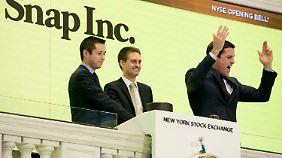 Traumstart an der Wall Street: Anleger reißen sich um Snapchat-Aktie