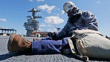 """Flugzeugträger mit Kernreaktoren: Trump besucht die """"USS Gerald R. Ford"""""""