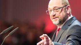 Union und Arbeitgeber warnen vor Kosten: Schulz will Arbeitslosengeld Q einführen