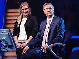 Beschäftigt sich nicht allzu intensiv mit amerikanischer Politik: Nadine Striiedinger (r.)