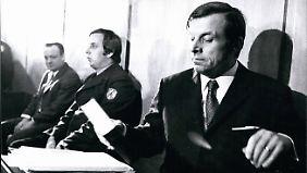 Heinz Joachim Ollenburg (r.) und Paul Kron (links) bei der Verhandlung wegen Entführung Theo Albrechts