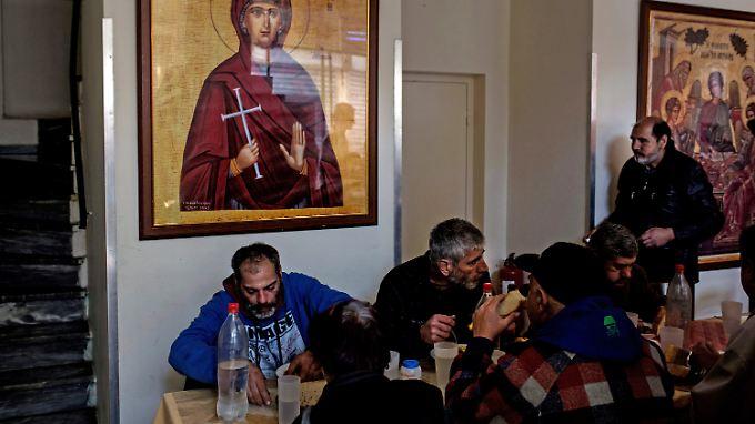 In einer Athener Suppenküche.