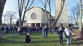 Großes Gedränge bei Trauerfeier: Herne trauert um Mordopfer