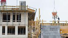 Günstig finanzieren: Zinsen für Baugeld bleiben im Keller