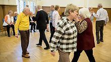Umfrage: Was halten Sie vom Tanzverbot an Karfreitag?