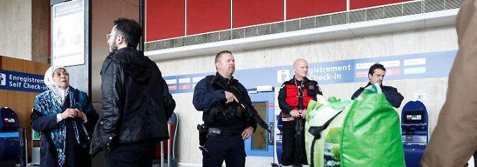 """""""Mein Sohn ist kein Terrorist"""": Orly-Angreifer war auf Drogen"""