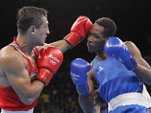 """Nach langer Zeit mal wieder """"oben ohne"""": Bei Olympia in Rio stiegen männliche Boxer ohne Kopfschutz in den Ring."""