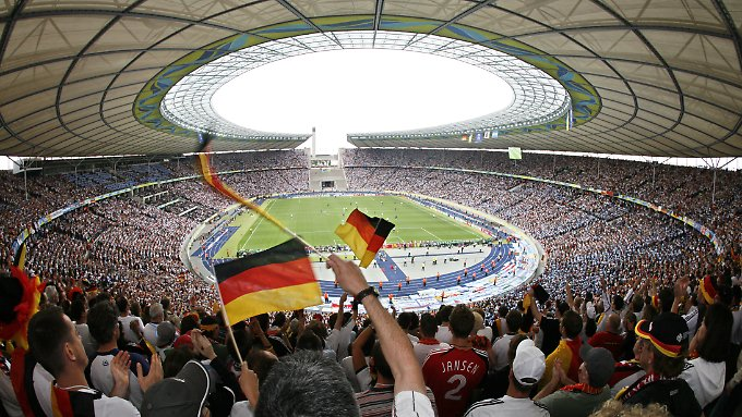 Hat Deutschland die WM nur aufgrund von Bestechungsgeldern erhalten?