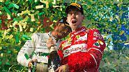 """""""Ich bin völlig aus dem Häuschen. Es ist so viel Herzblut geflossen, das ist eine große Erleichterung für alle"""", sagte Vettel nach dem 43. Grand-Prix-Sieg seiner Karriere, auf den er eineinhalb Jahre lang hatte warten müssen."""