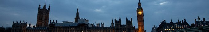 Hinter dem britischen Parlament geht die Sonne unter - das letzte Mal, bevor das Land morgen offiziell den Austritt aus der EU verkündet.