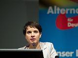 Kritik aus eigenen Reihen: Petry denkt über Rückzug nach – angeblich