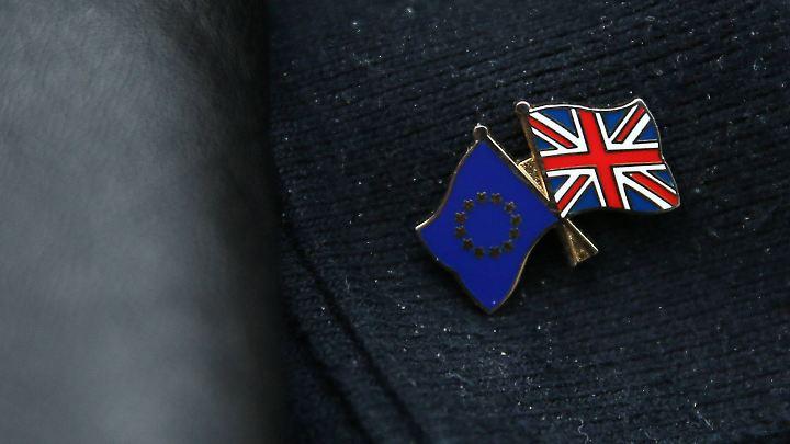 EU-Vertreter sprechen von 60 Milliarden Euro Schulden auf Seiten Großbritanniens.