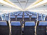 In der Economy zählen Zentimeter: Wie viel Platz bieten Easyjet bis Lufthansa?