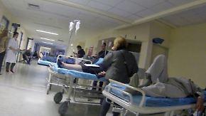 Keine Ärzte, keine Medikamente: Griechisches Gesundheitssystem steht vor dem Kollaps