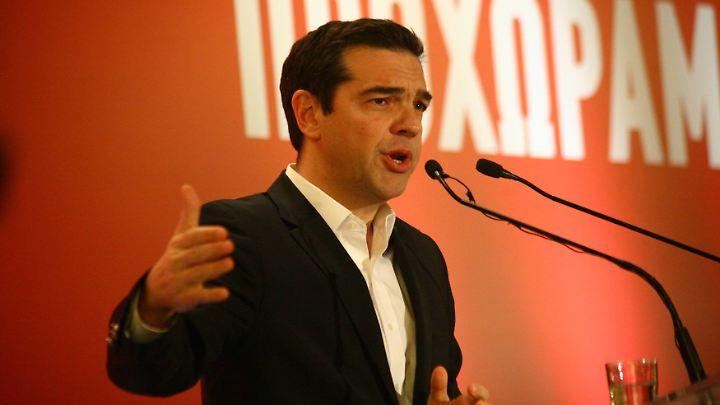 Tsipras balanciert zwischen den Forderungen der Gläubiger und denen seiner Wähler.